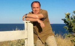70-летний актер Владимир Стеклов стал отцом