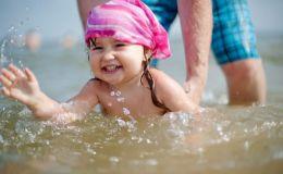 ТОП упражнений, после которых ваш ребенок точно научится плавать