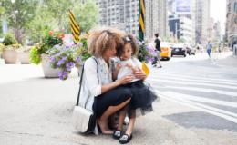 Симптомы сложного детства: что говорят родители-нарциссы своим детям
