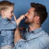 10 знаменитых родителей, которые не показывают лица своих детей