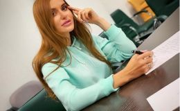 Слава Каминская рассказала о сломанных ребрах и показала беременный животик