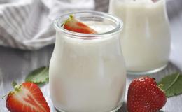 Без йогуртницы: 5 правил и 8 рецептов для приготовления домашнего йогурта
