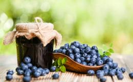 Летние заготовки для детей: ТОП-3 лучших джема с ягодами