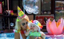 Нам исполнился годик: Лера Кудрявцева поздравила дочку с днем рождения