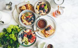 10 завтраков, которые можно приготовить с вечера