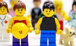 Акушерка рассказывает все о беременности при помощи Лего: просто и доступно