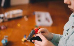 Как развлечь ребенка во время карантина: топ-5 игр дома