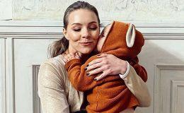 Алена Шоптенко поделилась нежными фото с сыном: день поцелуев