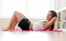 Тренировки дома: 3 комплекса от экс-тренера Скарлетт Йоханссон