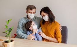 Врачи рассказали о симптомах коронавируса у детей