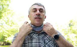 Как спастись от жары при помощи шарфа: лайфхак от Комаровского