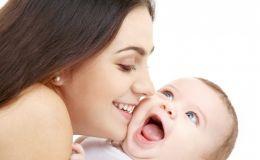 Чувственное воспитание малыша: 10 проявлений интуитивной ласки