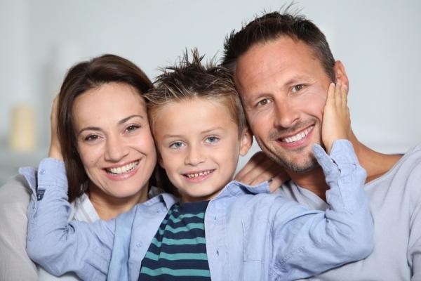 Счастливая семья - фото