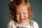 Затяжная истерика у ребенка: как успокоить