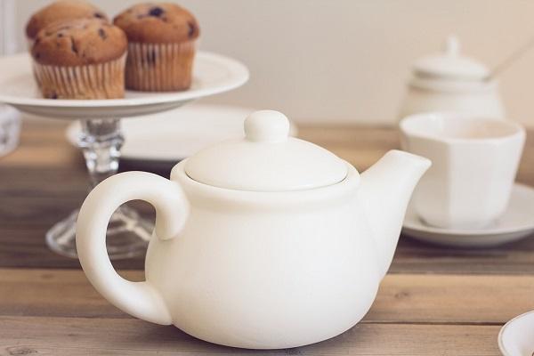 Грудное вскармливание: поможет ли чай со сгущенкой кормящей маме?