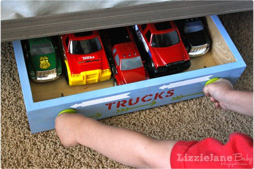 http://lizoncall.com/2013/04/25/rolling-toy-storage/