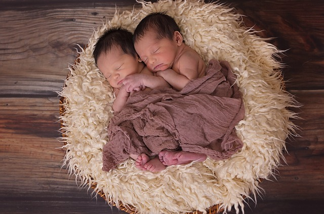 Двойное счастье: как выбрать имена для близнецов
